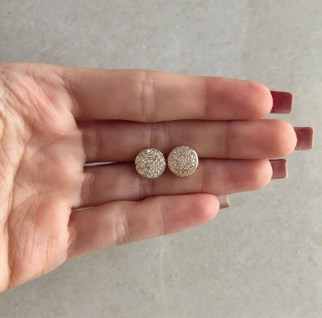 Brinco Bolinha Achatada Cravação Mil Zircônias Diamond Dourado
