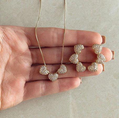 Conjunto Corações Cravação Mil Micro Zircônias Diamond Dourado