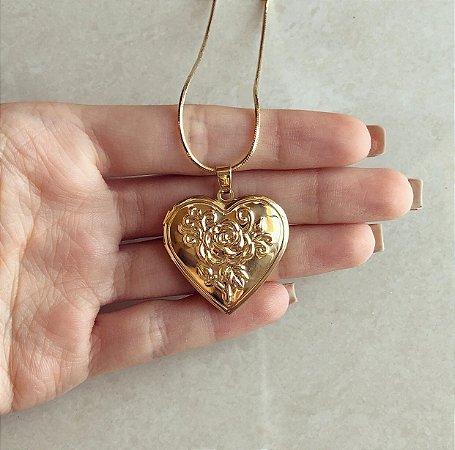 Corrente Relicário Coração Com Flores Dourado