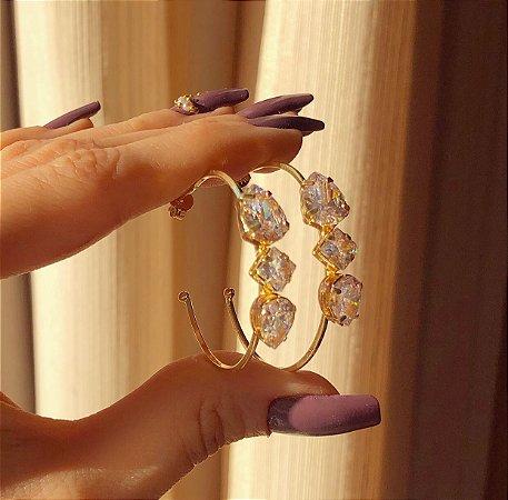 Argola Maxi Zircônias Diamond Dourado