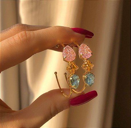 Argola Pedra Fusion Safira Rosa, Maxi Zircônias Morganita e Azul Claro Dourado