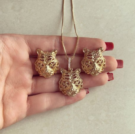 Conjunto Luxuoso Maxi Tigre com Zircônias Diamond Dourado