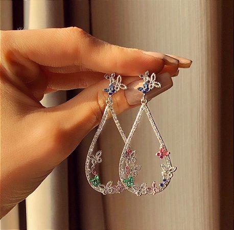 Brinco Charlotte Borboletas com Zircônias Diamond e Colorida Ródio Branco