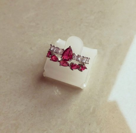 Anel Duplo Pedras Fusion Rubelita e Cravação de Zircônia Diamond Ródio Branco