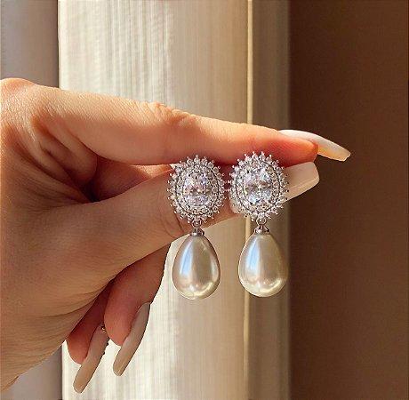 Brinco Noronha Mil Zircônias Diamond e Pérola Ródio Branco