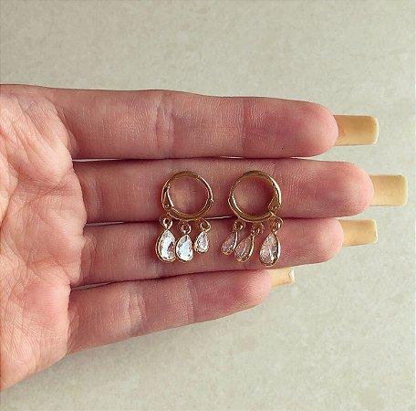 Argolinha Três Gotas de Cristais Diamond Dourado