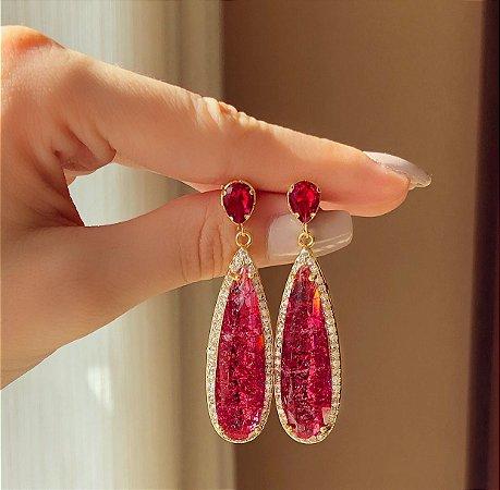 Brinco Marrocos Pedra Fusion Rubelita e Zircônias Diamond Dourado