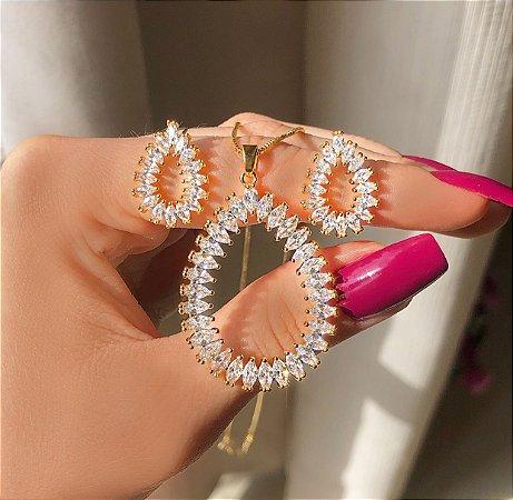 Conjunto Maxi Gota Navetes de Zircônias Diamond Dourado
