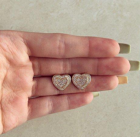 Brinco Coração Duplo Cravação Mil Zircônias Diamond Dourado