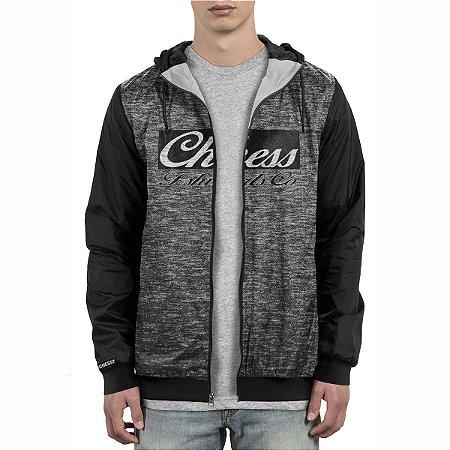 Jaqueta Corta Vento Chess Clothing Logo Cinza