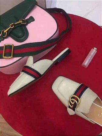 SAPATILHA RASTEIRA, CUCCI faz com que os sapatos sonhados pelas mulheres se tornem realidade, com preços formidáveis.