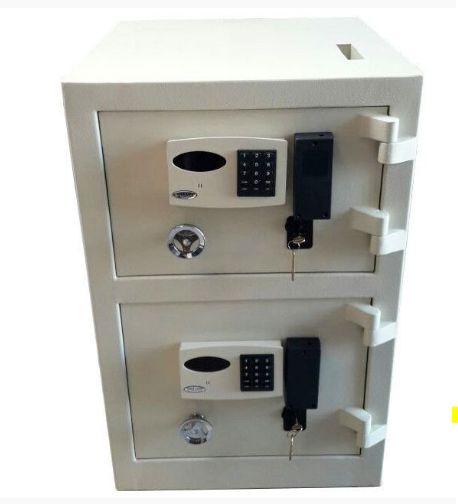 Cofre Eletrônico Concretado Com Boca de Lobo e Duas Portas Mod. MC 850