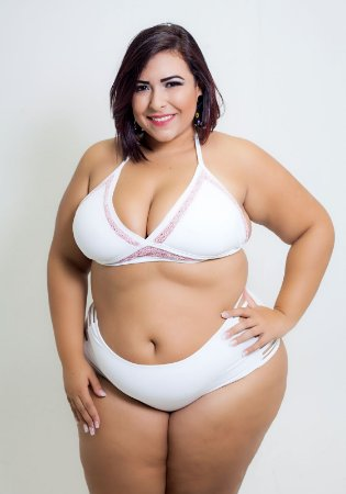 Top Bordado Crochet  Plus Size