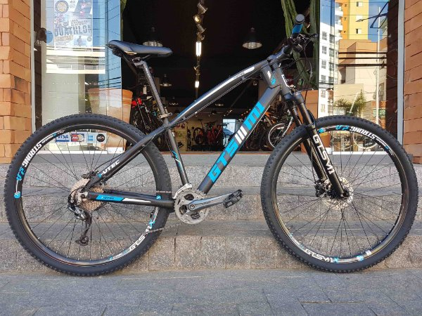 Bicicleta GTS I-Vtec 29 - Tamanho 17,5 - Seminovo