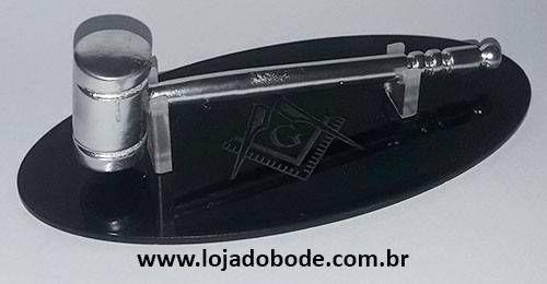 Miniatura de Malhete com Base em Acrilico Esquadro e Compasso Prateado