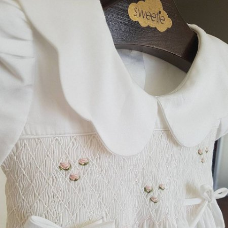 Vestido bordado Anne 400 fios