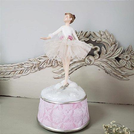 Bailarina com asas