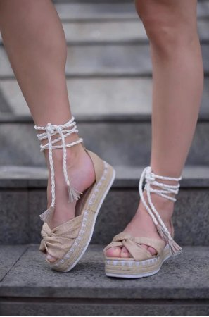 Sandália Likka Calçados FlatForm Palha de Amarrar