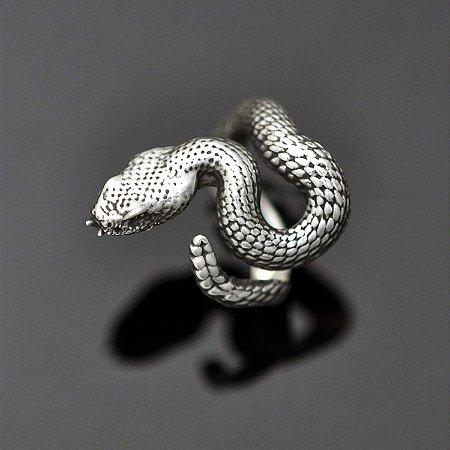 Anel cobra cascavel em prata 950k (maciço)