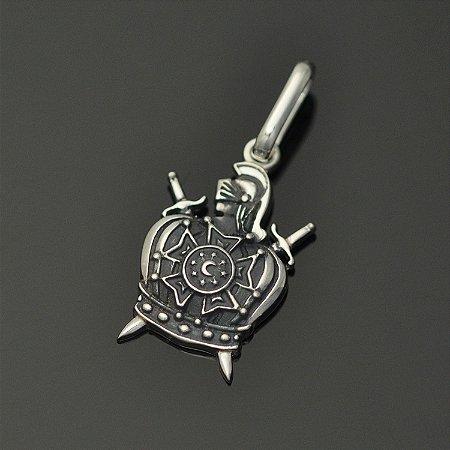 Pingente demolay em prata 950k (maciço)