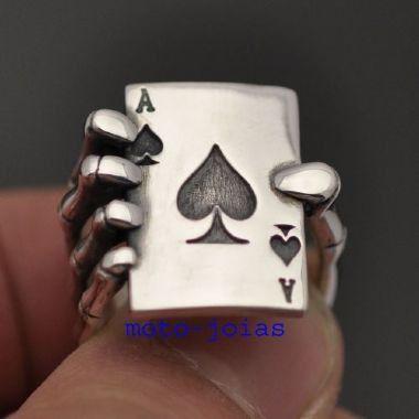 Anel carta Az com mão do esqueleto em prata 950k (M)
