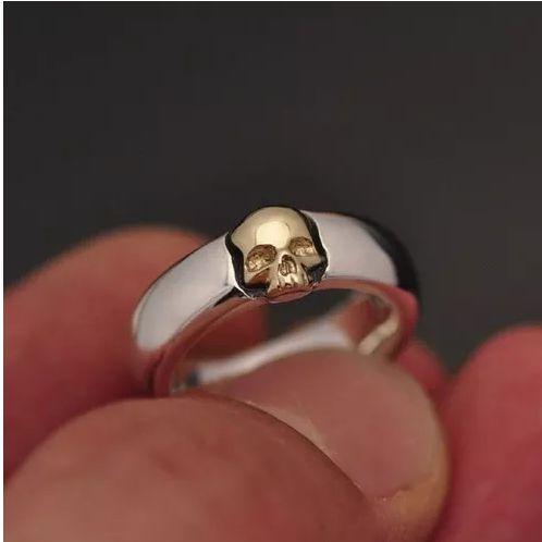 Par de Aliança Anatômica em prata 950k e Caveira em Ouro 12k