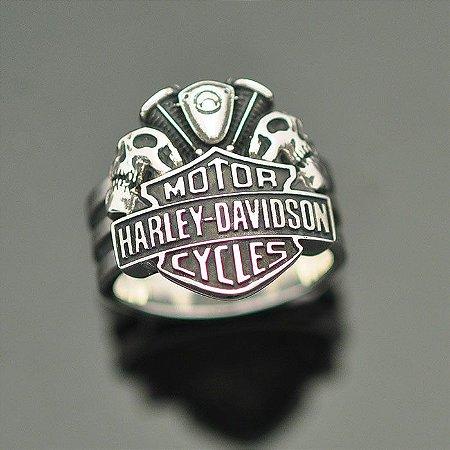 Anel Harley-Davidson com Caveiras e Motor em Prata 950k