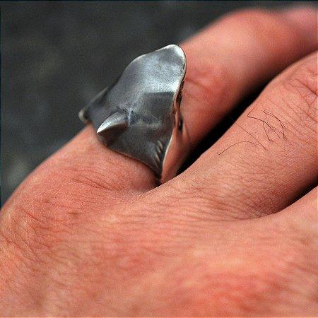 Anel Tubarão em Prata 950k - Pequeno