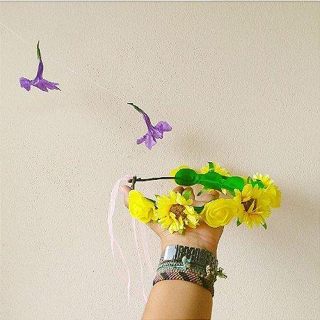 Coroinha de flor amarela