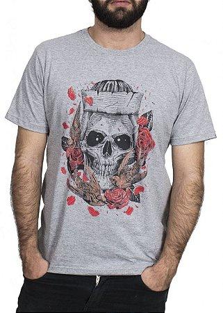669053b36 Camiseta Caveira Rosas - Loja Careca com Barba