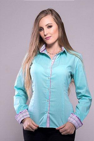 Camisa Feminina Verde Água com Lilás