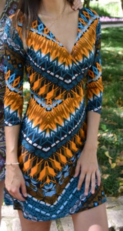 Vestido de Malha Fria Estampado Azul e Laranja