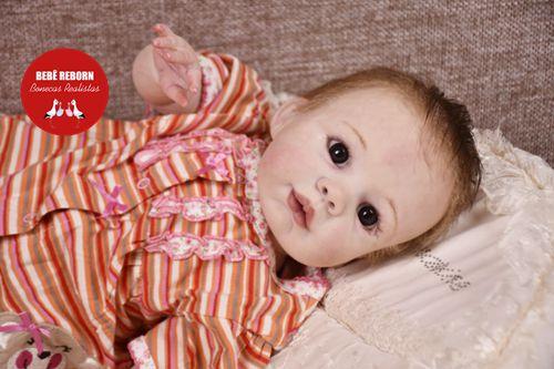 Boneca Bebê Reborn Menina Realista Bonita e Perfeita Com Lindo Enxoval Sofisticado E Acessórios