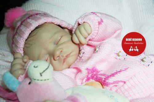 Bebê Reborn Menina Realista Bebê Maravilhosa Recém Nascida Com Lindo Enxoval E Acessórios