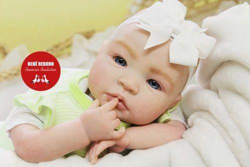 Boneca Bebê Reborn Menina Detalhes Reais Linda Bebê Olhos Azuis Com Enxoval E Chupeta