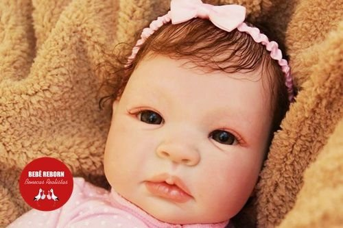 Boneca Bebê Reborn Menina Detalhes Reais De Um Bebê De Verdade Linda Com Enxoval Completo