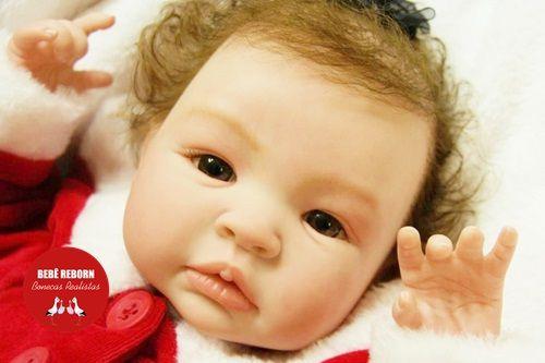 Bebê Reborn Menina Realista Bebê Artesanal Sofisticada Lindíssima Acompanha Acessórios