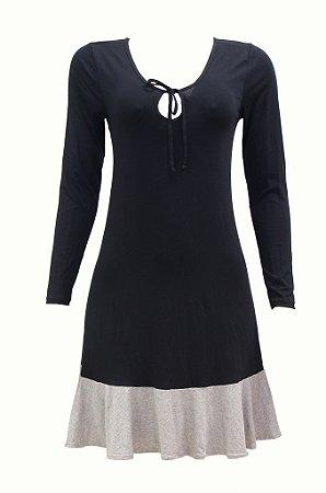 Vestido adulto preto com detalhe mescla