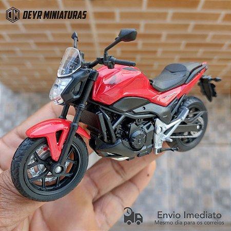 Miniatura Honda NC 750S 2018 Welly 1:18