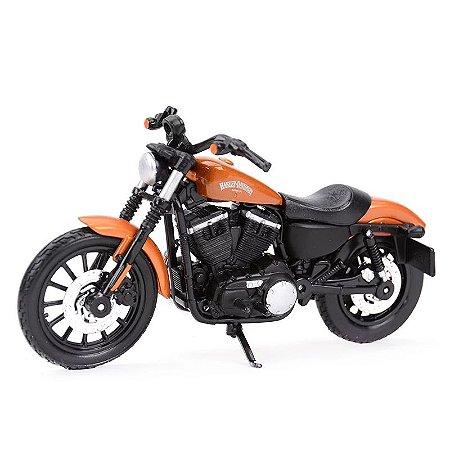 Miniatura Harley Davidson Iron 883 2014 Maisto 1:18