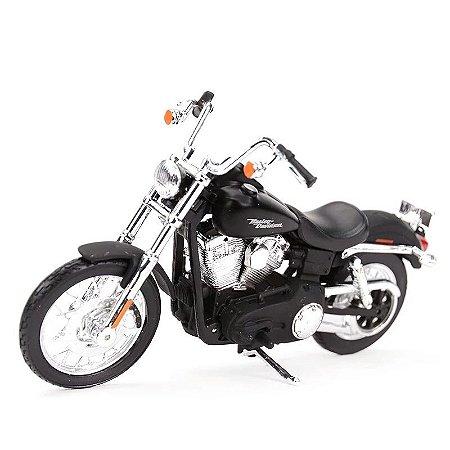 Miniatura Harley Davidson Street Bob Dyna 2006 Maisto 1:18