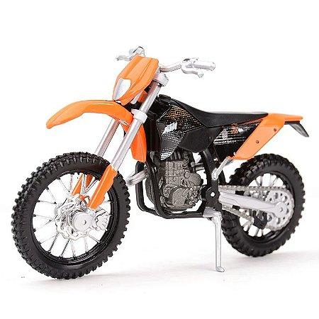 Miniatura KTM 450 EXC 2007 Maisto 1:18