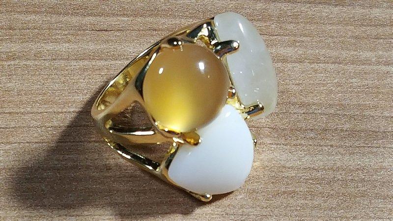 Anel Cristal de Ágata mel, Cristal de Quatzo, e Madrepérola Maxi Trio Classic