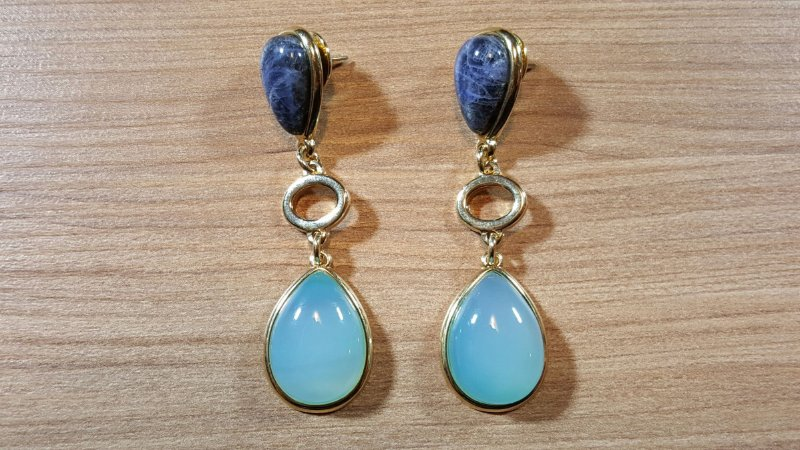Brincos Sodalita e Cristal de Ágata azul céu 2/7,0cm Amazon
