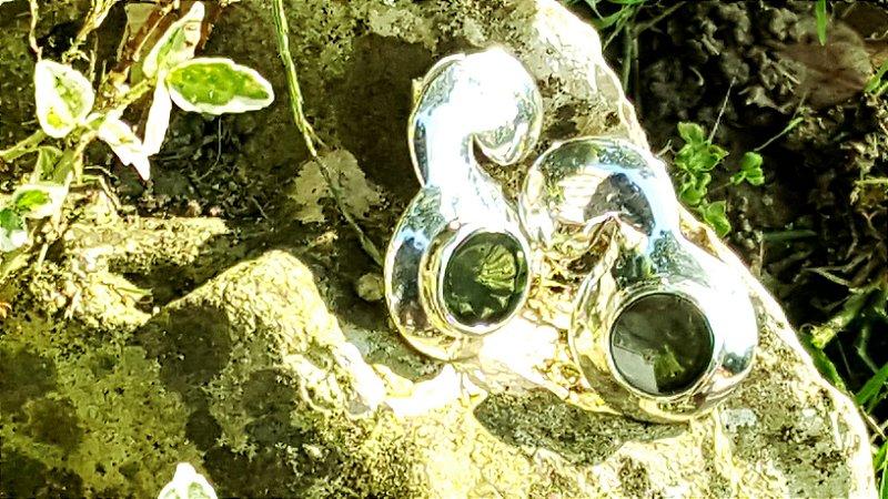 Brincos Prata 950 e Cristal Quartzo Green Magnata Espiral