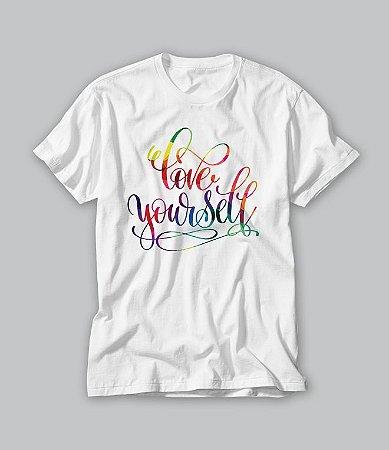 Camiseta love yourself