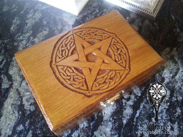 Caixa Pentagrama (Pequena) Entalhada à Mão