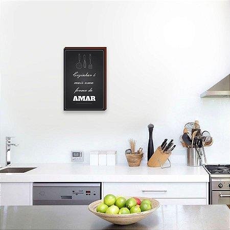 Quadro decorativo Cozinhar é mais uma forma de amar [BoxMadeira]