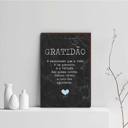 Quadro Decorativo  Gratidão + Frase + Coração Azul Claro Fundo Marmorizado Preto [BoxMadeira]