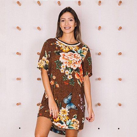 b01e160a1 Vestido T-Shirt Floral Oncinha Marrom Farm - Gardênia Store - Moda ...